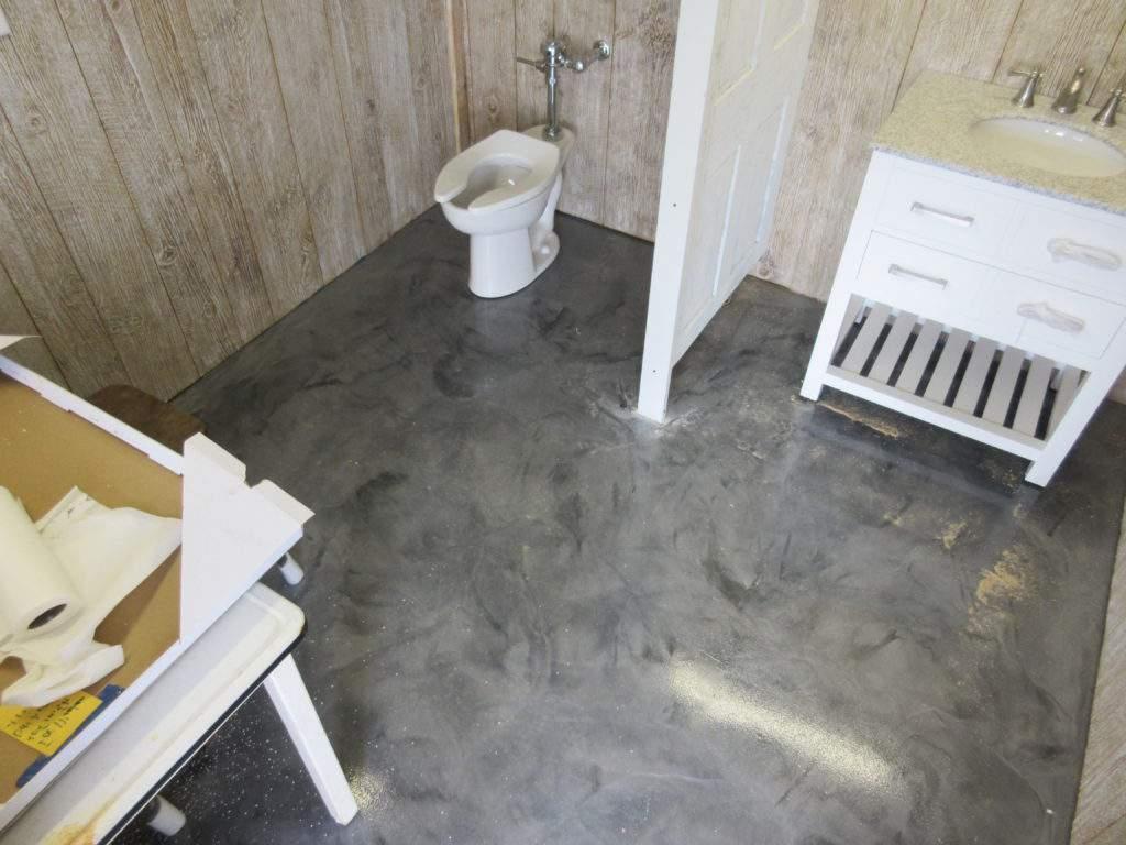 Mermer görünümlü Banyo WC zemin döşeme